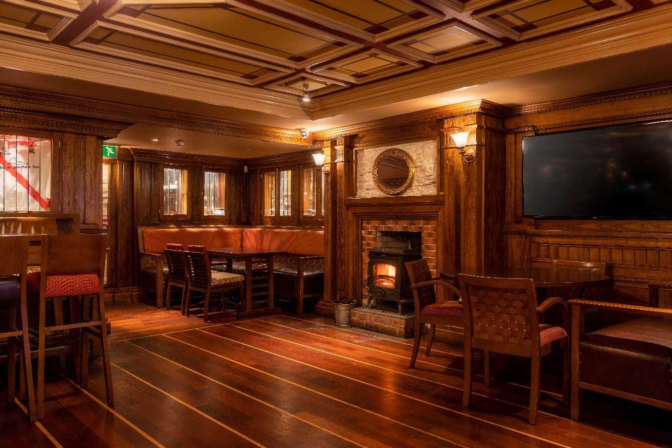 bar-dining